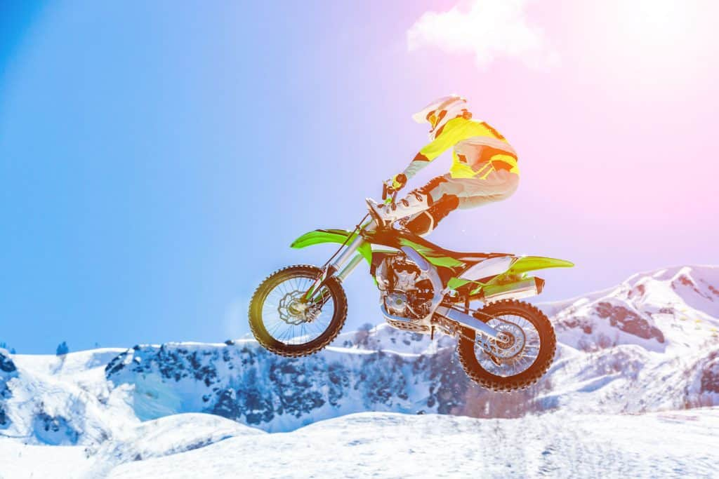 Snow Dirt Bike >> Riding Dirt Bikes On Snow How Well Does It Work Plus Some Tips